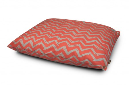 Dogster Reviews: The P.L.A.Y. Outdoor Dog Bed Collection