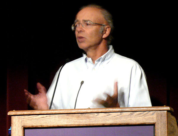 """Peter Singer 03"""" by TimVickers - Own work. Licensed under Public Domain via Wikimedia Commons."""