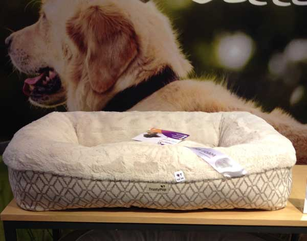 12 of the hottest new dog products from the global pet trade expo
