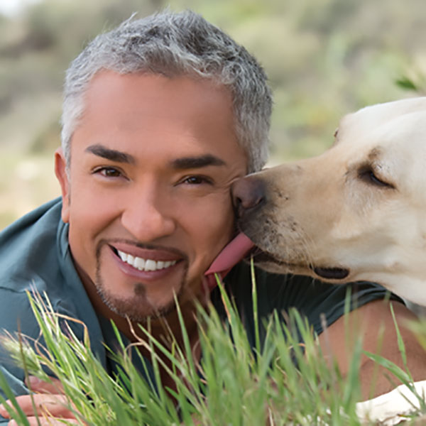 "Dog Trainer Cesar Millan's ""Death"" is a Hoax"