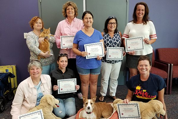 Graduates of the PetFirstAid4U class.