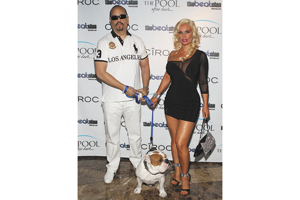 Ice-T and Coco Austin with their late Bulldog, Spartacus.
