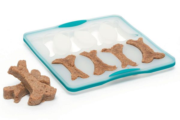 Dog Treat Maker by Messy Mutts.